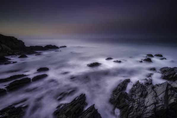 多岩石的海岸时间推移照片高清壁纸