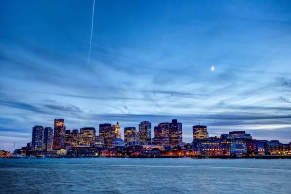 城市与日落期间,波士顿高清壁纸灯
