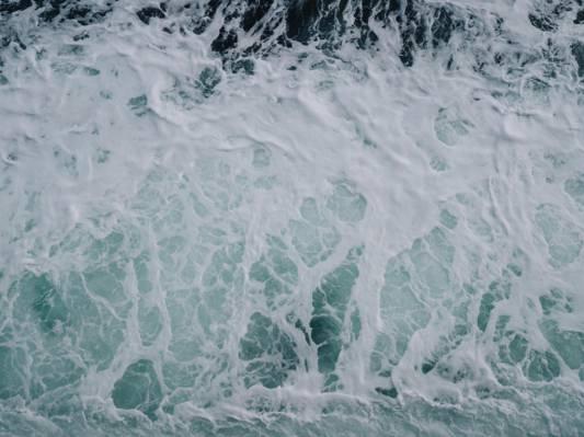 鸟瞰图海洋波浪高清壁纸的照片