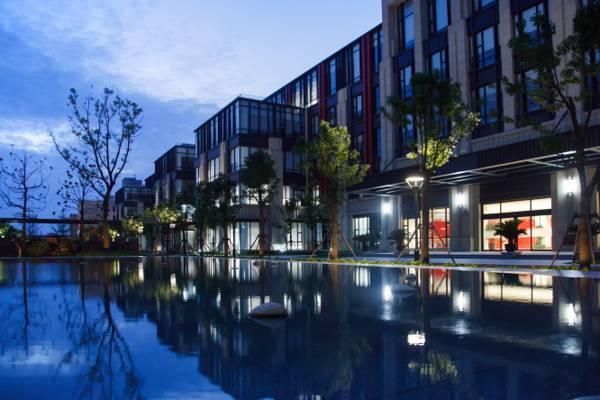 清新唯美的城市夜景桌面壁纸