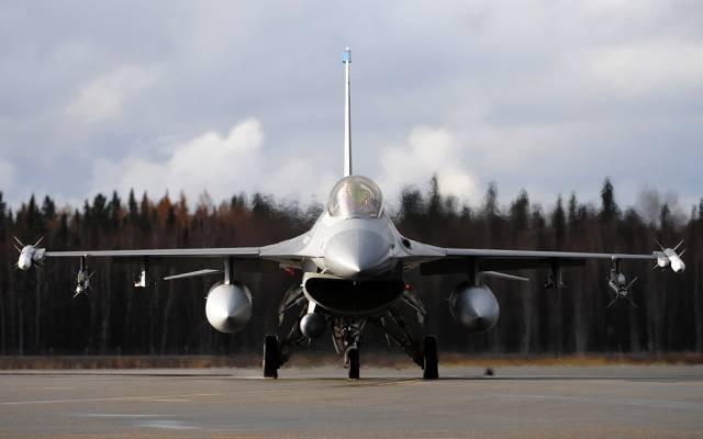 崛起,战斗机,武器,导弹,机场