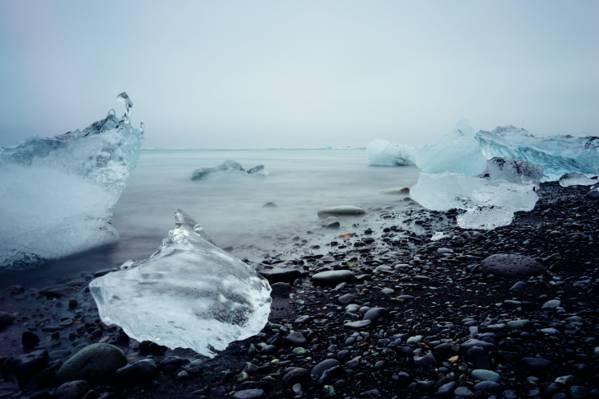 附近海湾高清壁纸冰块