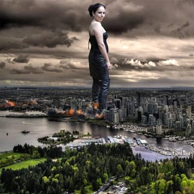 编辑的女人站在市镇插图高清壁纸的照片