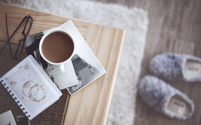 舒适,杯子,照片,眼镜,拖鞋,咖啡,托盘