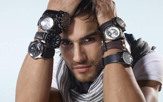 肖像,看,手,眉毛,手表,背景,白色,黑暗,男,美丽,围巾,布鲁内特,黑暗