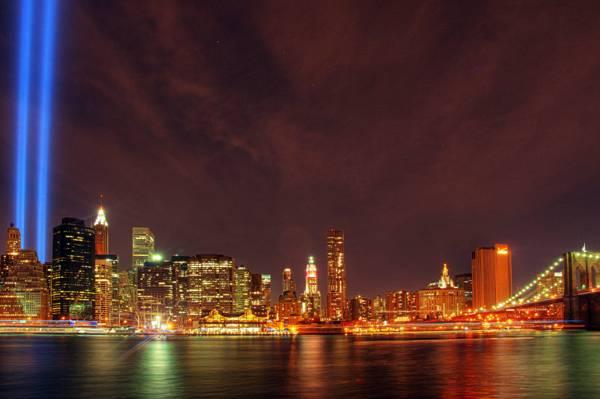 城市在旁边水身体HD墙纸的夜间