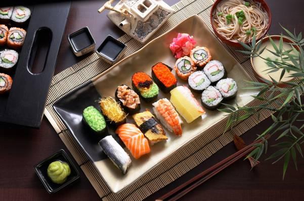 鱼子酱,酱,服务,卷,鱼,意大利面,寿司