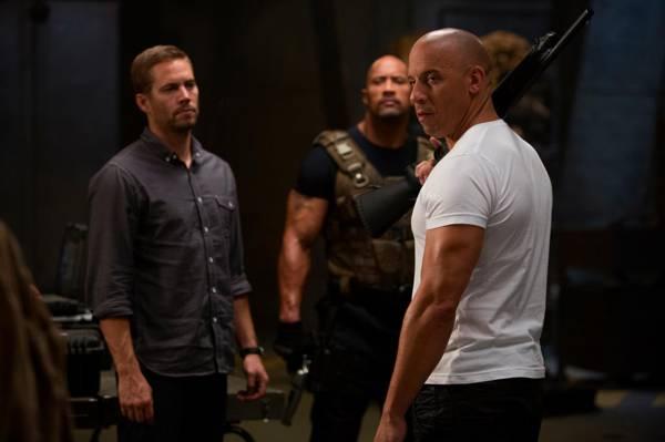 德韦恩约翰逊,Vin Diesel,保罗沃克,德维恩约翰逊,保罗沃克,多米尼克Toretto,快速和...