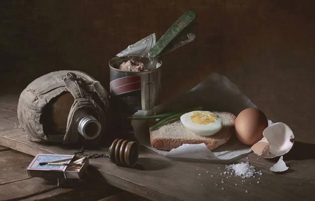 面包,火柴,盐,开胃菜,烧瓶,鸡蛋