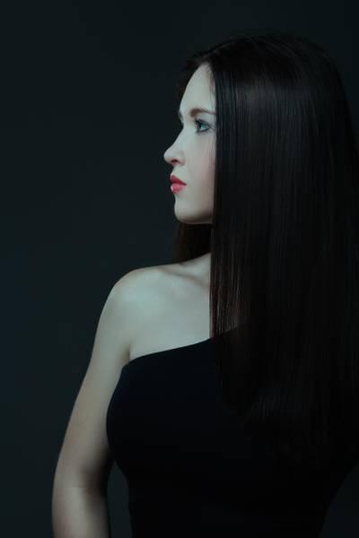 妇女的黑色礼服摄影高清壁纸