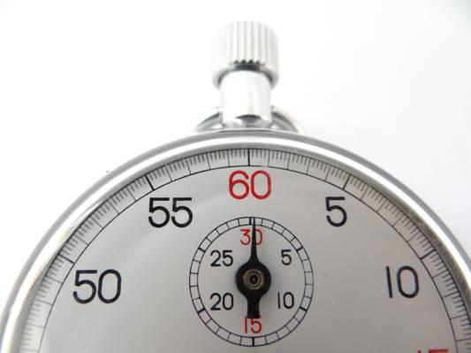 灰色和白色模拟停止手表高清壁纸
