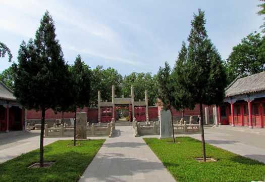 山东泰安逸阳文庙景致图片