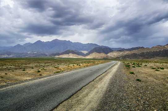 新疆克尔古提峡谷景致图片