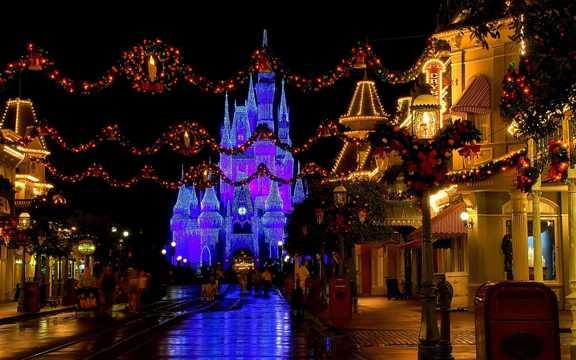 美国迪斯尼乐园夜景图片