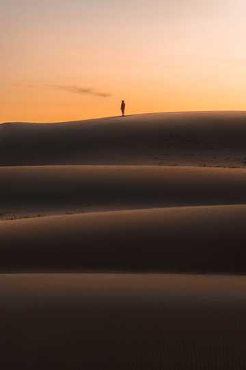 日落戈壁自然景致图片