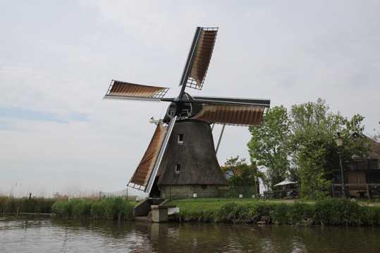 荷兰风车建筑景观图片