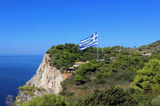 希腊海滨悬崖图片