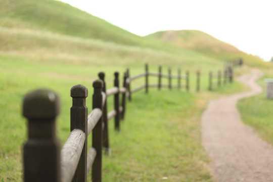 篱笆景色图片