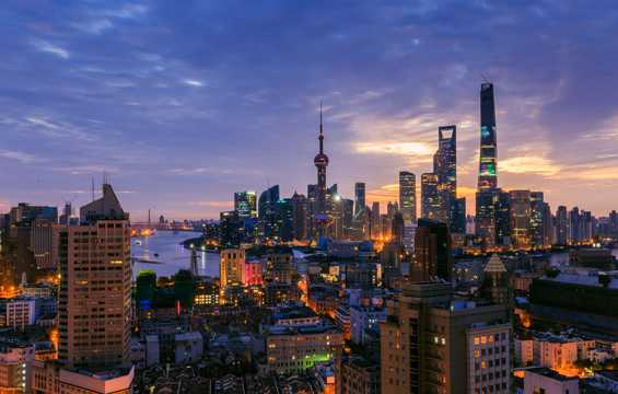 上海陆家嘴朝阳景色图片