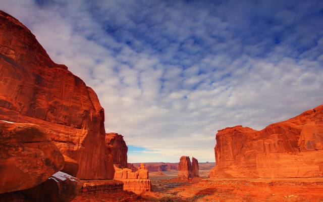 美国,乌塔,山,拱门国家公园,云,天空,岩石,石头