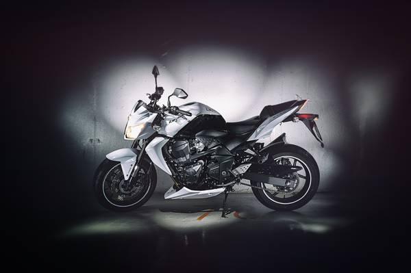 闪存,Z750,车库,川崎,摩托车,侧,曝光