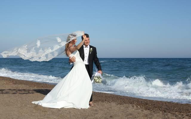 面纱,新郎,新郎,婚礼,花束,海,步行,花束,欢乐,礼服,夏天,波浪,海,衣服,...