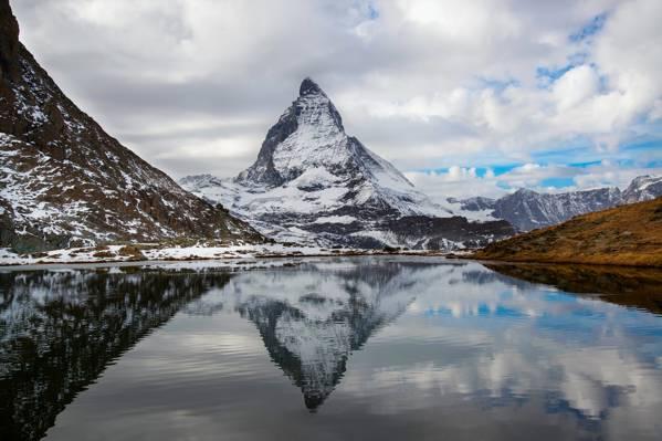 瑞士,阿尔卑斯山,反射,意大利,高山湖泊,云,天空,十月,秋天,马特洪峰