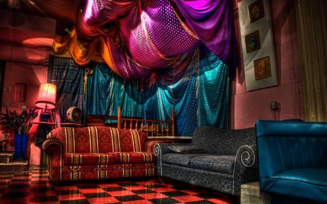 风格,房间,室内,家具,亮度,紫色,沙发,床罩,蓝色,方格的地板,椅子,饱和的颜色,颜色,...