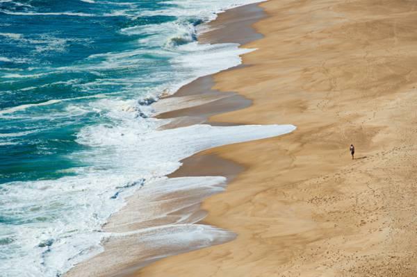唯美清新的夏日海灘風光桌面壁紙