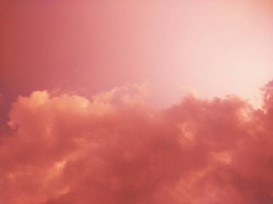 唯美的天空白云朋友圈背景图