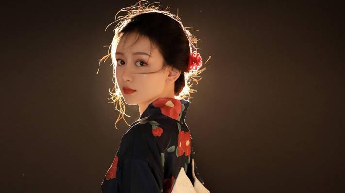 日系美女和服惊艳诱人写真