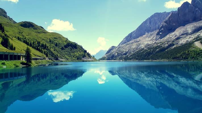 漂亮的山水风光景色