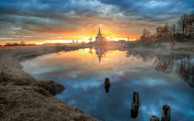 四月,早晨,黎明,邓洛沃,村庄