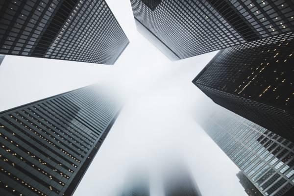城市,建筑物,雾,摩天大楼高清壁纸