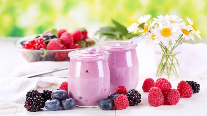 壁纸鲜花,甜点,罐子,蓝莓,浆果,覆盆子,酸奶,洋甘菊,黑莓