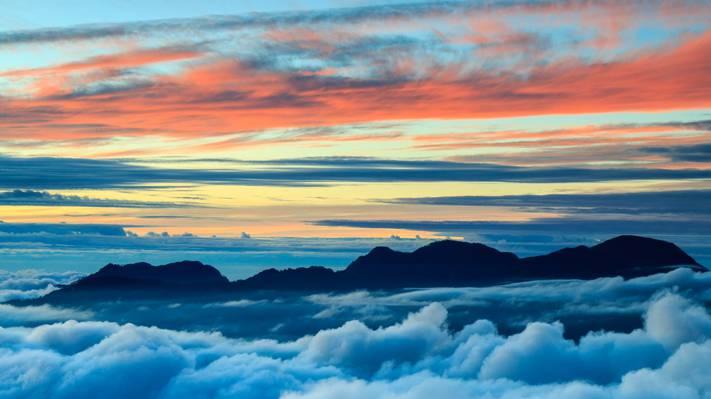 日出时分,海云山海山山顶高清壁纸