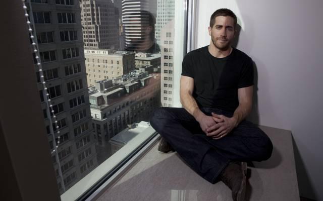 男人,窗口,杰克·吉伦哈尔,J.吉伦哈尔,演员,摩天大楼,男,坐