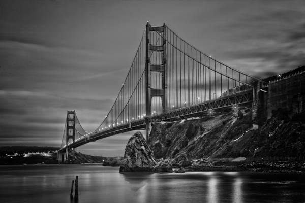 灰色摄影金门大桥高清壁纸