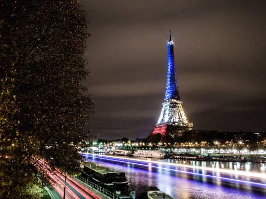 艾菲尔铁塔,巴黎,艾菲尔铁塔的时间推移摄影艾菲尔铁塔的高清壁纸