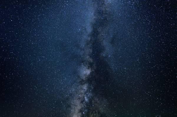 黑色和蓝色星系高清壁纸的照片