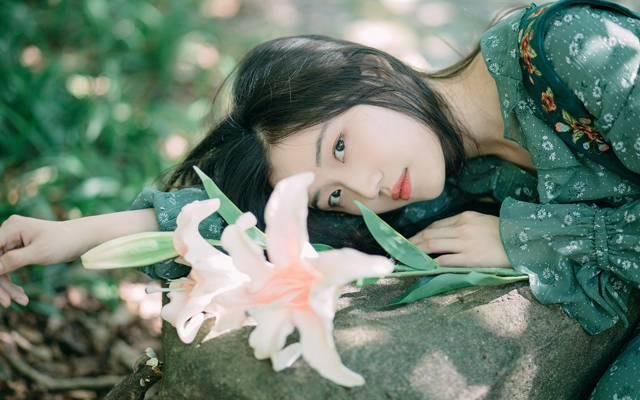 日系小清新美女纯朴甜美写真