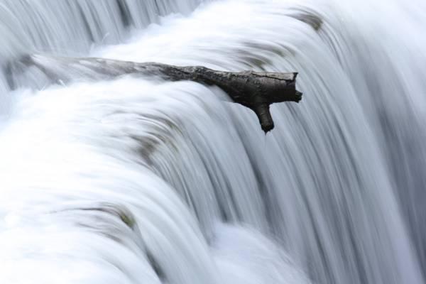 日志附近瀑布高清壁纸的游戏中时光倒流摄影