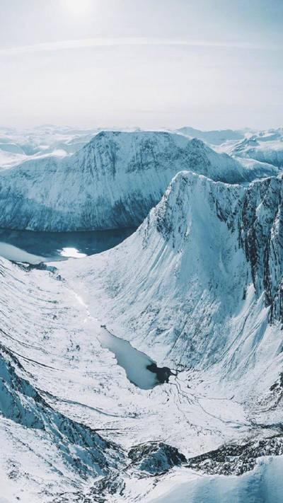 白雪皑皑的挪威美景