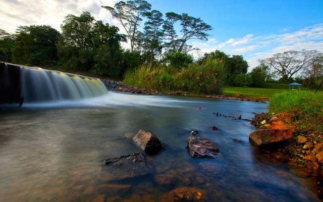 壁纸石头,公园,瀑布,树木,小溪,天空,河流,森林