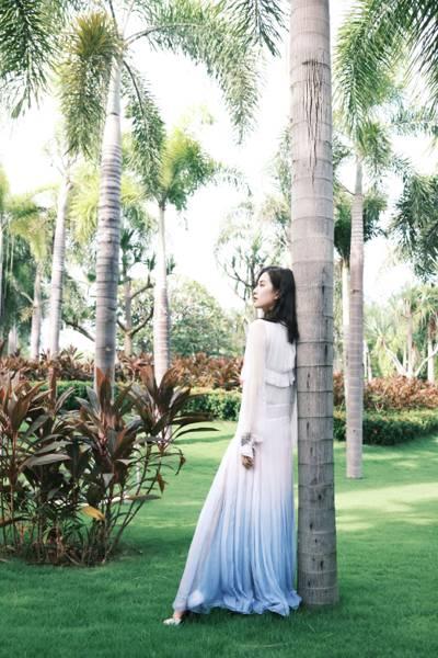 刘诗诗优雅气质写真