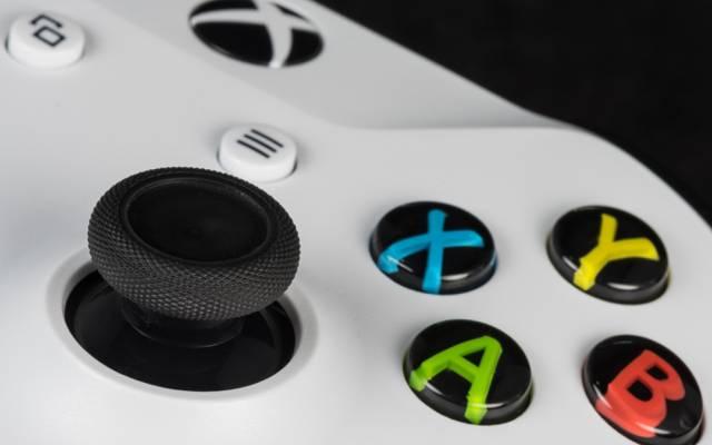 按钮,游戏杆,Xbox游戏