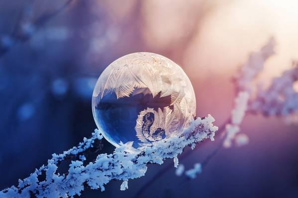 天氣寒冷的圖片