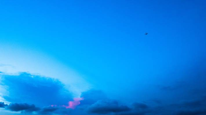 白云和蓝天摄影高清壁纸