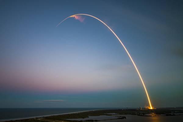 火箭发射高清壁纸