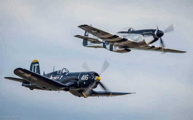 这架飞机,复古,P-51D野马快速银,F4U海盗船,阅兵式